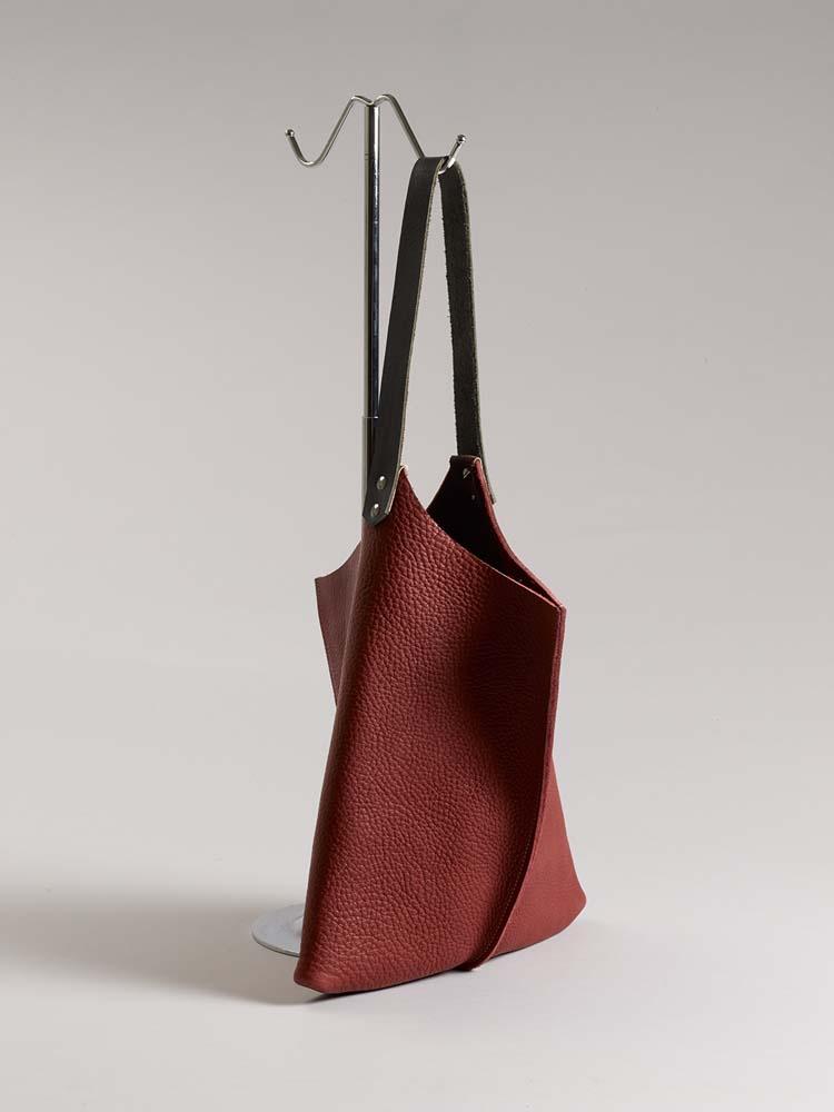 Jill Harrell - Wedge handbag - Port bull hide