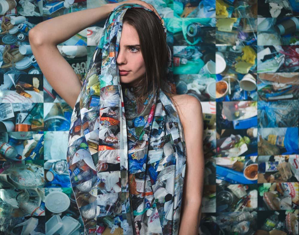 Simo Neri - Covered in Trash